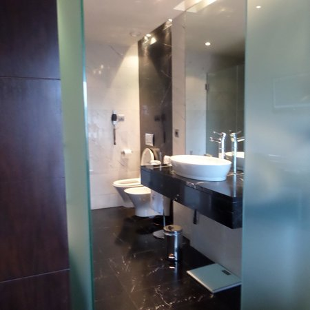 Eurostars Das Letras Hotel : la salle de bain