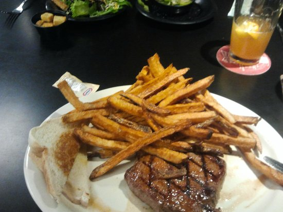 Bad Habit Sports Bar & Grill : French Fries with a Steak