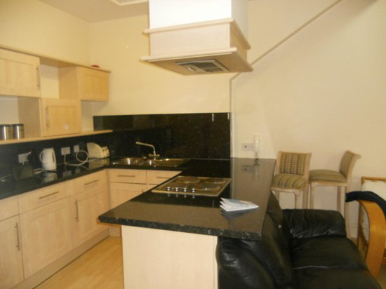 Westlynne Hotel/Apartments: Cucina