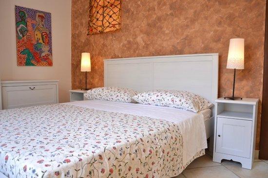 La Tela di Penelope: Camera da letto matrimoniale Appartamento Ulisse
