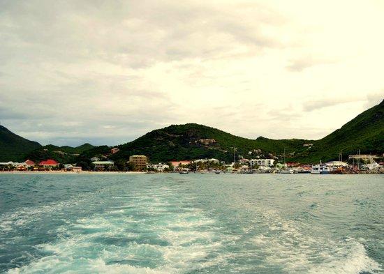 Great Bay Express: View leaving St. Maarten