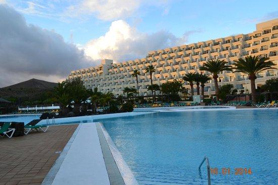 Hotel Beatriz Costa & Spa: piscine