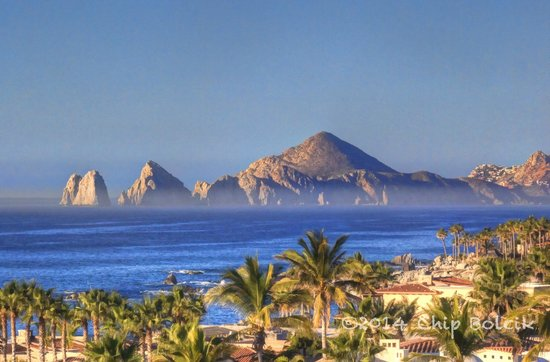 Hacienda Encantada Resort & Spa: The rocks on the other side of Cabo from our room's view.