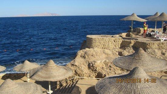 Dreams Vacation Resort : Вид с територии отеля.