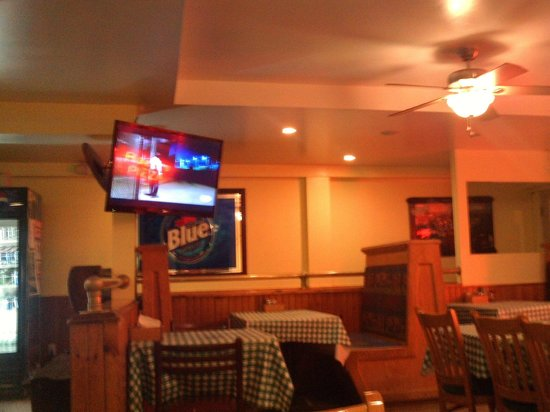 Bazzi's Pizza: big flat screen tv