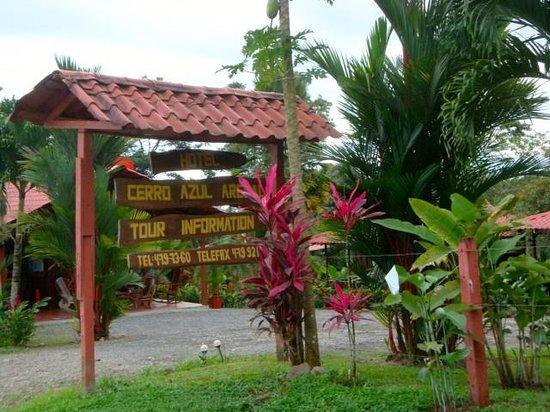 Hotel Rancho Cerro Azul: sign