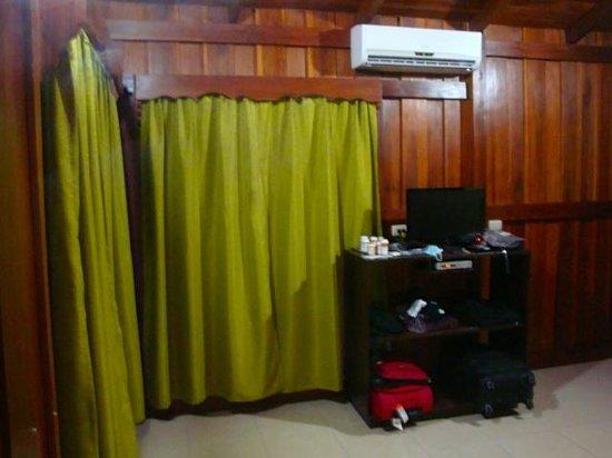 Hotel Rancho Cerro Azul: room