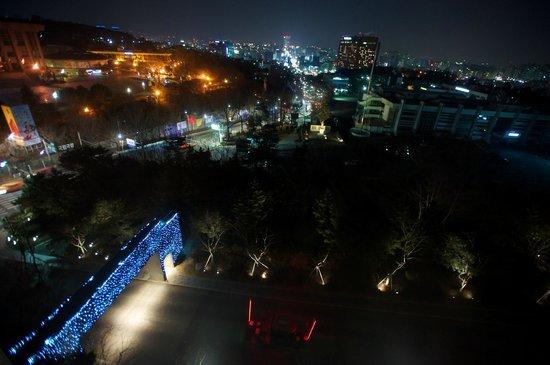 Banyan Tree Club & Spa Seoul : 클럽동 야경