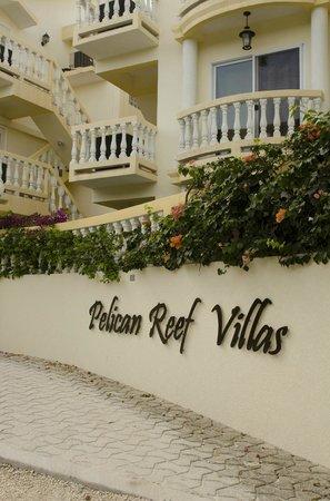 Pelican Reef Villas Resort: Pelican Reef Entrance