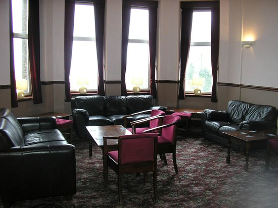 The Sutherland Hotel: Residents Lounge