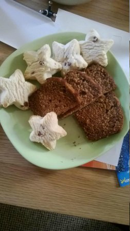 Fermanagh Self Catering: Ginger bread and cookies