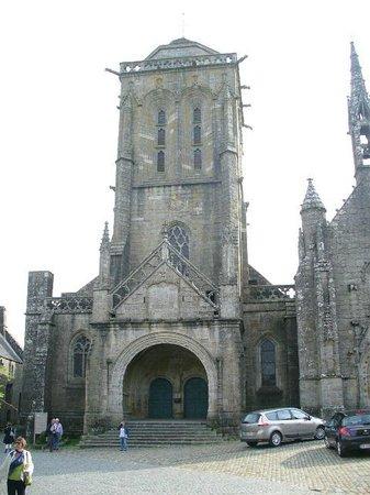 Office de Tourisme de Locronan : The Village Ancient Church