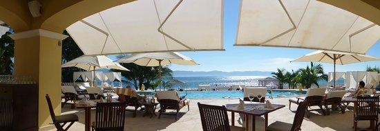 Casa Velas: beach club