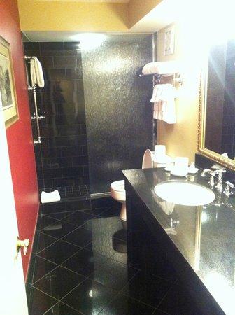 Bourbon Orleans Hotel: Bathroom