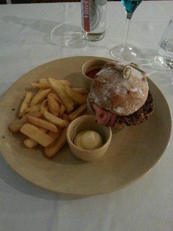 Chez Ernest : Burger Claire