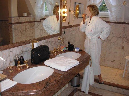 Krone Assmannshausen: il lussuoso bagno