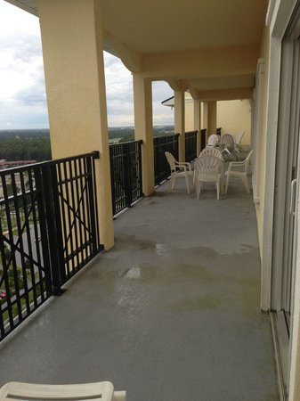 Lake Buena Vista Resort Village & Spa: Huge balcony with a pretty view