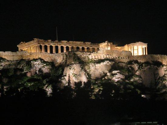 Vista de la acropolis desde la terraza de Plaka Hotel