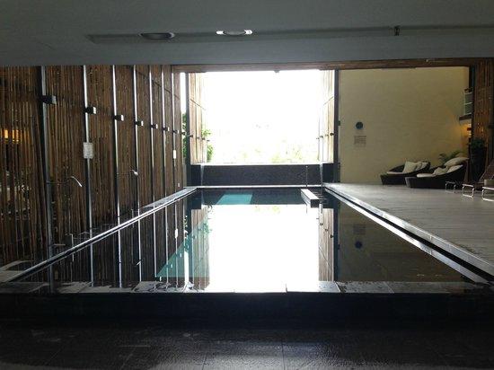 Hotel Maya Kuala Lumpur : Swimming Pool