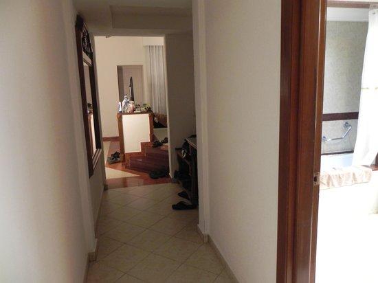 ClubHotel RIU Jalisco: walking into room