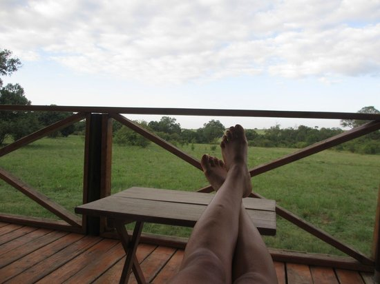 Loyk Mara Luxury Camp: Mornings on the veranda...