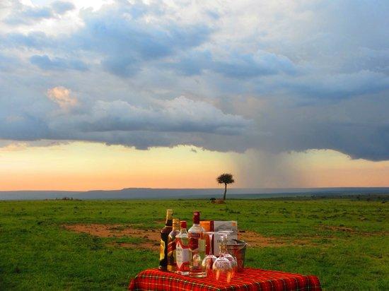 Loyk Mara Luxury Camp: Sunset...
