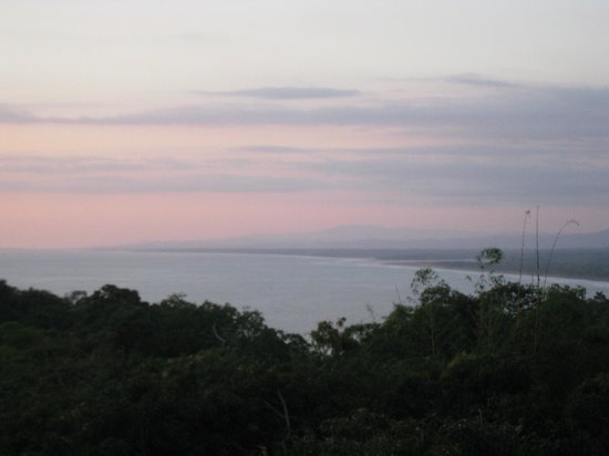 Hotel California : The view over the bay around Quepos