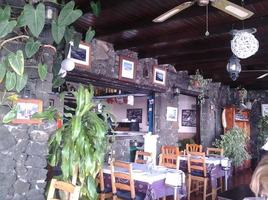 Casa Rafa Restaurante de Mar: interior