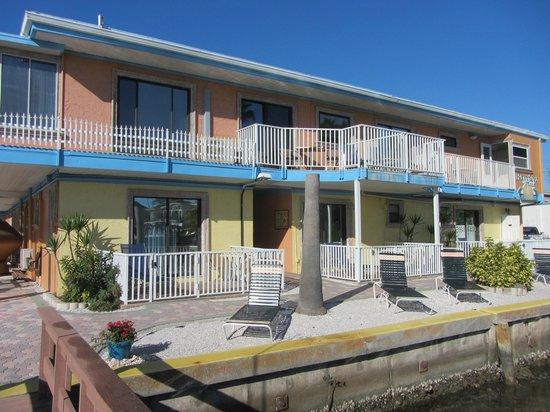 Bayview Plaza Waterfront Resort: Outside
