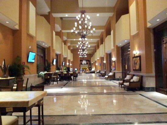 Marriott Puerto Vallarta Resort & Spa: Lobby 1