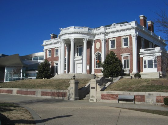Hunter Museum of American Art : Hunter Mansion