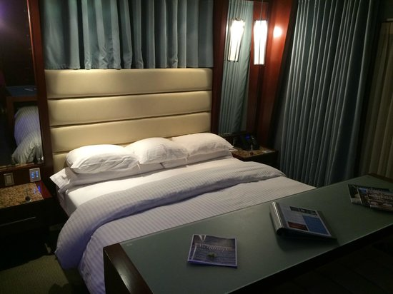 Shade Hotel : Room