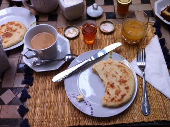 Riad l'Oiseau du Paradis: Breakfast