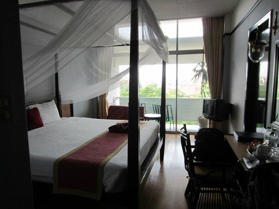 Hotel De Moc: ruime kamer