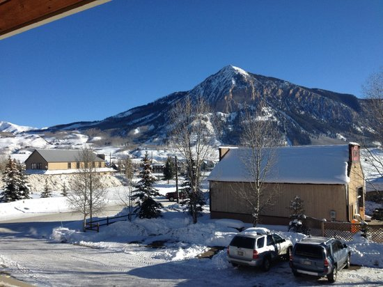Inn at Crested Butte: Our view from the sun deck balcony. :)