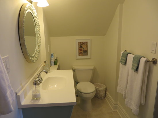 Cape House B&B: Gamay Bathroom