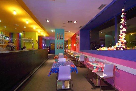 Los pioneros restaurante mexicano madrid restaurant for Los azulejos restaurante mexicano