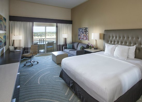 Lakeway Resort and Spa : Newly Remodeled Guest Rooms