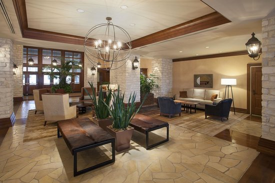 Lakeway Resort and Spa: Remodeled Lobby