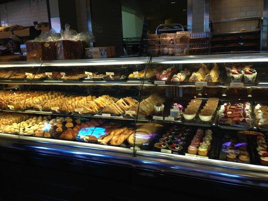Porto's Bakery & Cafe: Bakery