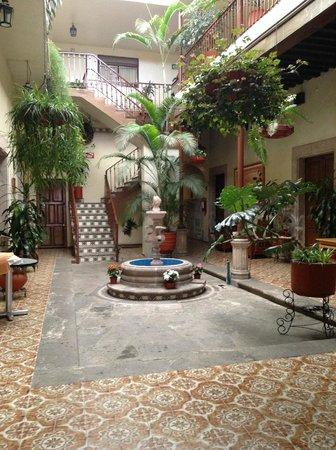 Hotel D'Atilanos: Área común