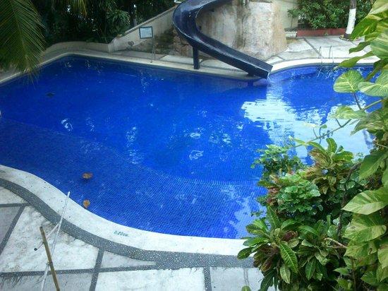Club Del Sol Acapulco: Vista de la habitación