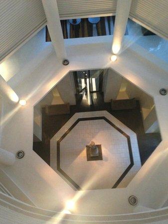 Park Hyatt Siem Reap: Guest Room Lobby Atrium