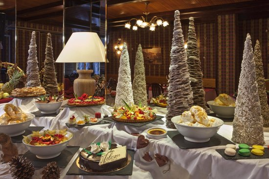 Hotel Les Mélèzes : Buffet de désserts