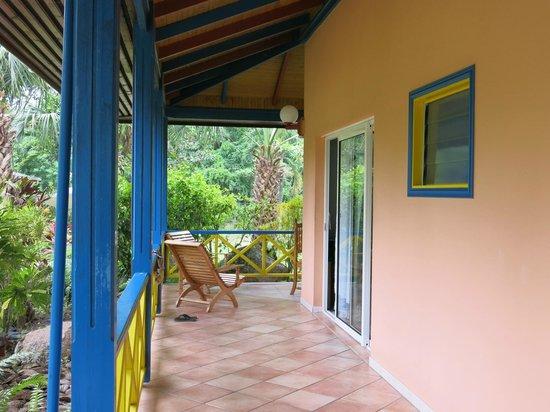 La Diguoise Guesthouse: Utanför vårat rum