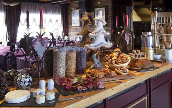 Hotel Les Mélèzes : Petit déjeuner