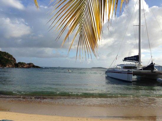 Bolongo Bay Beach Resort: view from beach
