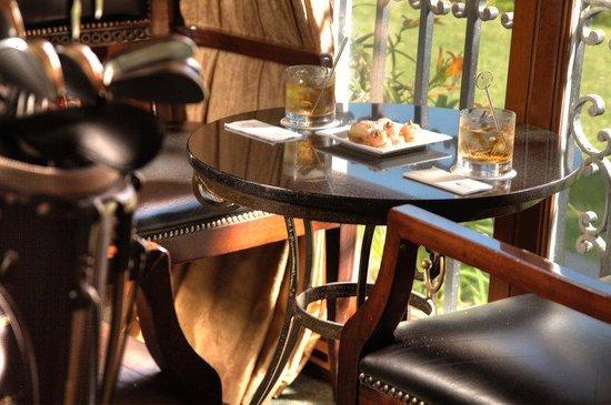 Country Club Lima Hotel: Bar Golf