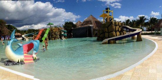 Grand Palladium Kantenah Resort and Spa : kids pool