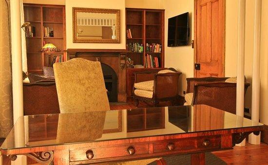 Marlo Cottage: Lounge Room
